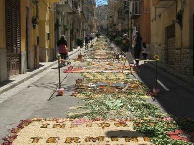 Фестиваль цветов в Ното 2012