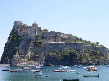 Остров Искья - Арагонский замок