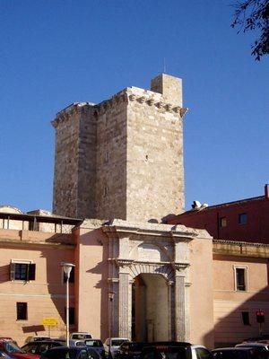 Башни святого Панкрацио и Элефанте в Кальяри