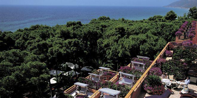 Курорт Forte Village (вид с террасы отеля Castello) - остров Сардиния