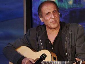 Адриано Челентано на сцене