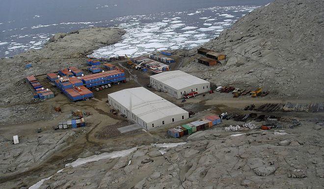 Научная база Mario Zucchelli (Terra Nova Bay)