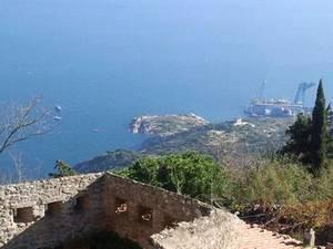 У побережья Джилио взрывали бомбы