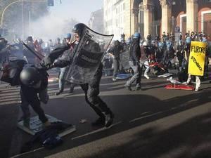 Массовые протесты против политики жёсткой экономии