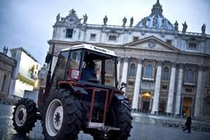 Площадь Святого Петра готовят к Рождеству