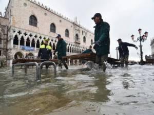 Вода в Венеции