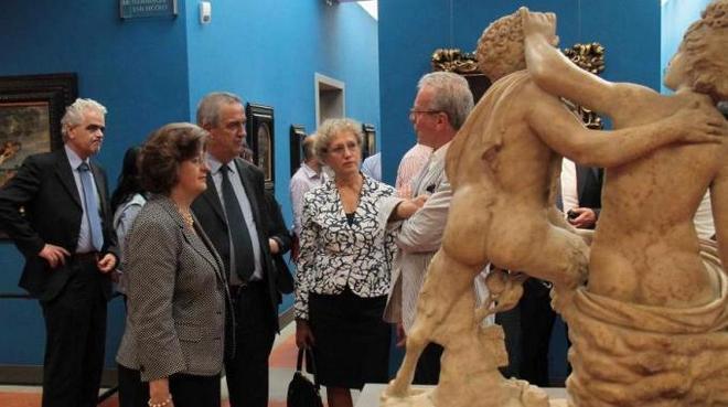 Голубой зал галереи Уффици во Флоренции