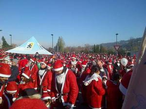 Нашествие Санта-Клаусов в Турин