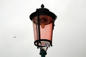 Венецианского «мальчика с лягушкой» заменят обычным фонарём