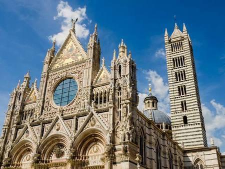 Кафедральный собор Сиены открывает «Врата небесные»