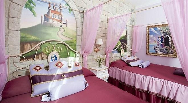"""Отель Гардаленд - тематический номер """"Королевство принцессы"""""""