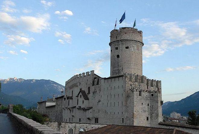 Замок Буонконсильо (Castello Buonconsiglio) в Тренто