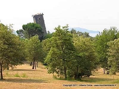 Старинная башня Вернаццано (Vernazzano)