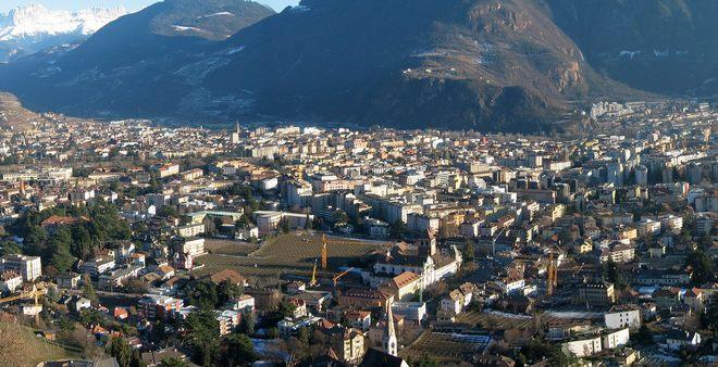 Панорама города Больцано-Боцен