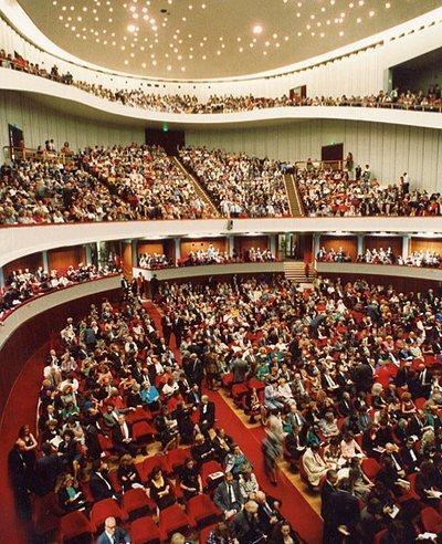 Зал в Teatro Comunale di Firenze