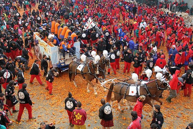 Исторический карнавал в Иврее