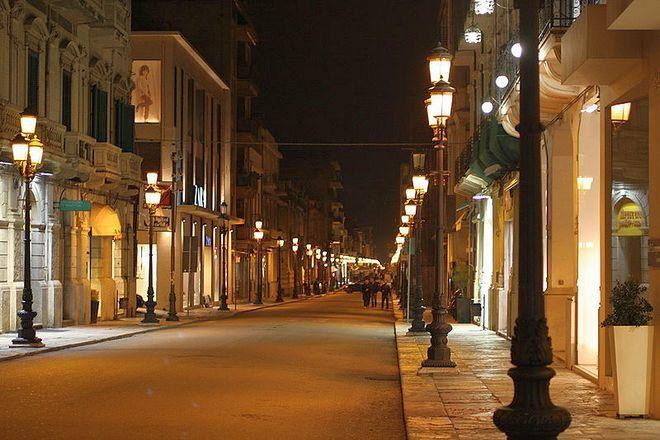 Улица Гарибальди (вечером) - Реджо ди Калабрия
