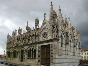 Церковь Санта-Мария делла Спина