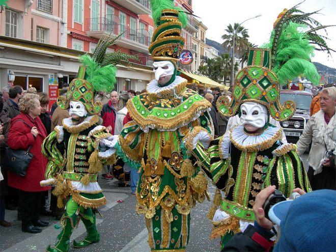 Карнавал в Виареджио - шествие