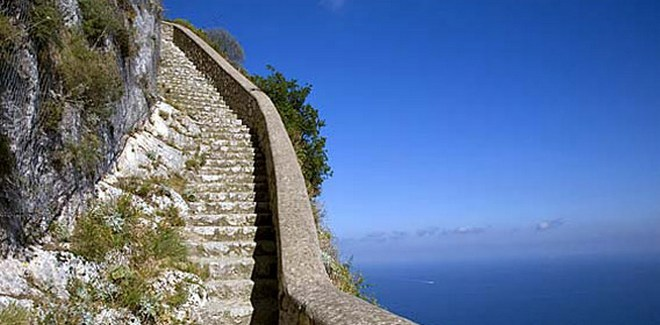 Финикийская лестница - остров Капри