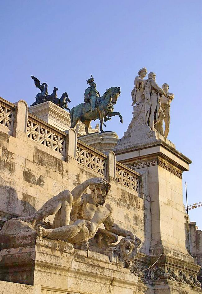 Скульптура - Витториано - Памятник Виктору Эммануилу II