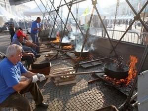 Фестиваль каштанов в Кунео