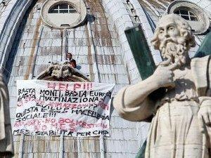 Марчелло ди Финицио на куполе ватиканского собора Святого Петра в Риме