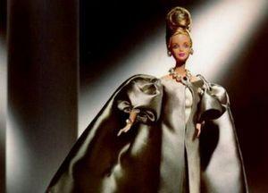 Маленькая девочка станет стилистом для Барби