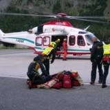 Спасательная операция - Итальянские альпинисты «застряли» в Альпах