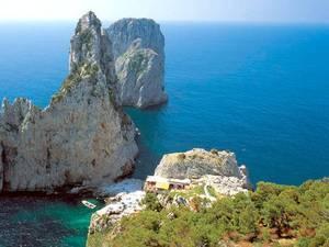 Капри u2013 одно из популярнейших туристических направлений