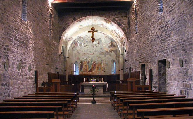 Интерьер церкви Святого Николая (San Nikolo)