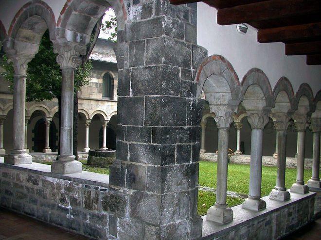 Колоннада внутреннего дворика