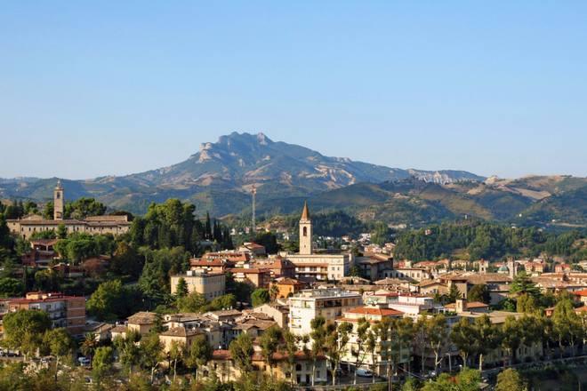 Панорама города Асколи-Пичено
