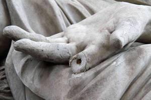Флоренция: повреждена статуя «Похищение Поликсены» на площади Пьяцца дель Синьории