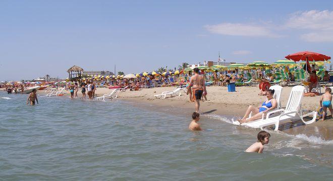 Пляж в Метапонто