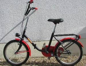 Велосипед Феррари выставляется на аукцион в Париже
