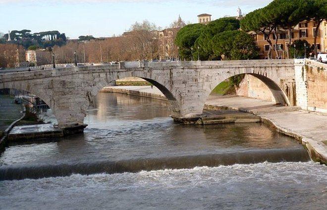 Мост Честио - остров Тиберина