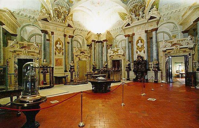 Музей серебра в Палаццо Питти