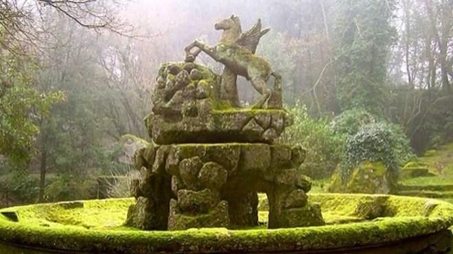 Пегас в парке чудовищ в Бомарцо
